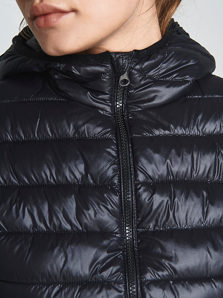 North Super Light Hooded Jacket (Renewed & Sustainable)