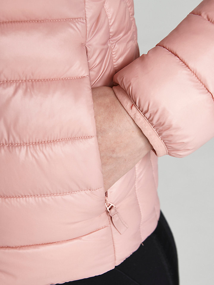North Super Light Jacket (Renewed & Sustainable)