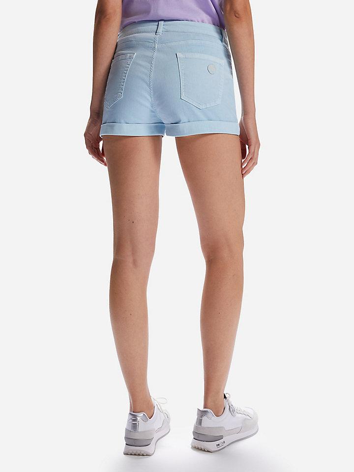 5 pocket short