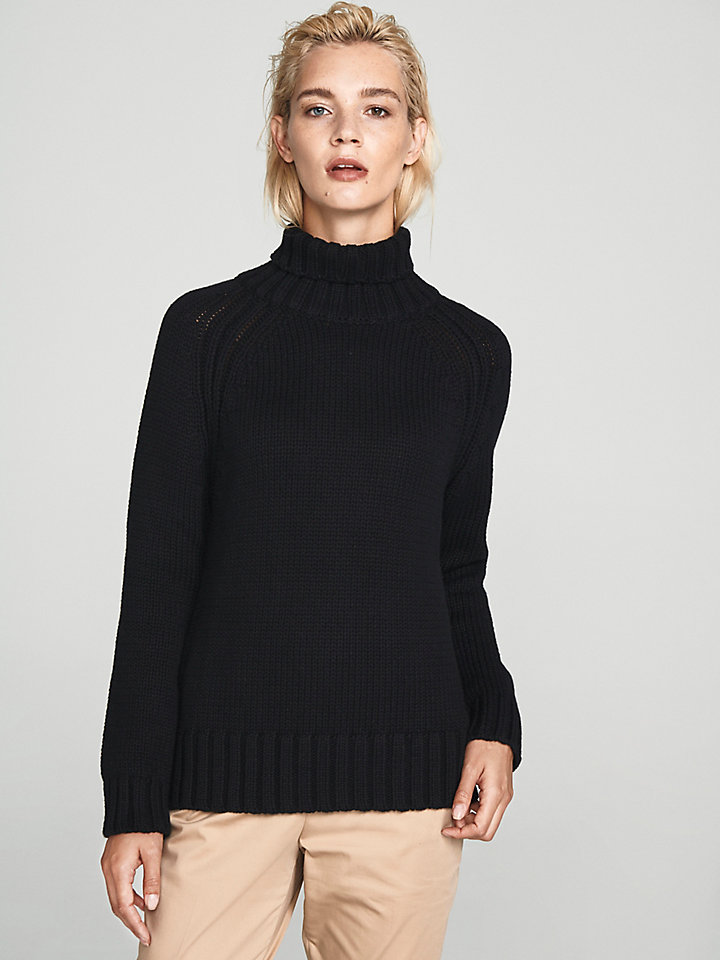 Turtle Neck Jumper