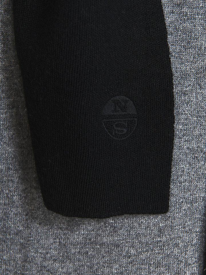 Lightweight Wool Scarf