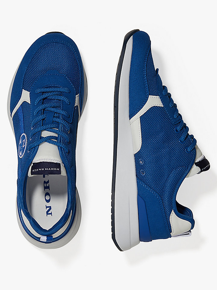 Sneaker aus Micro-Mesh