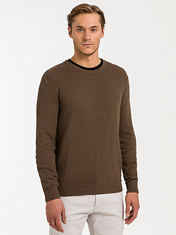 Round Neck Sweater